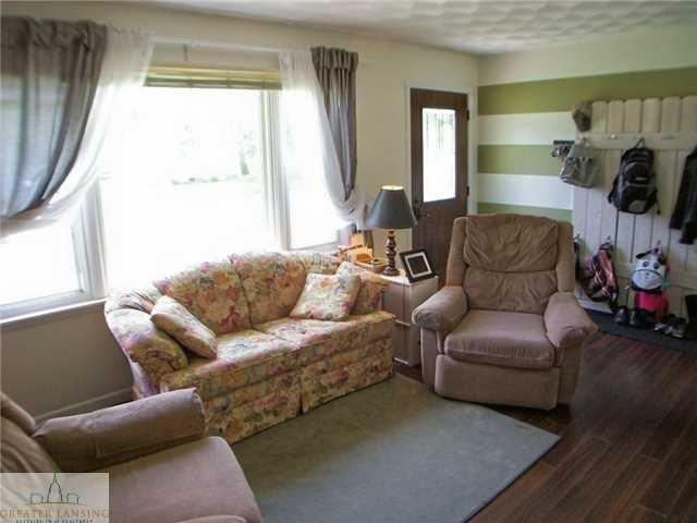 703 E Cass St - Additional Photo - 4