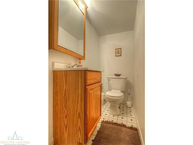1615 S Holly Way - Additional Photo - 9