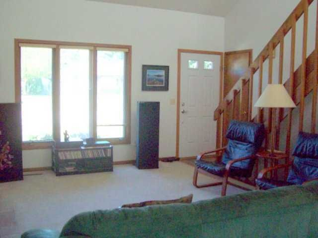 2370 Graystone Dr - Additional Photo - 4