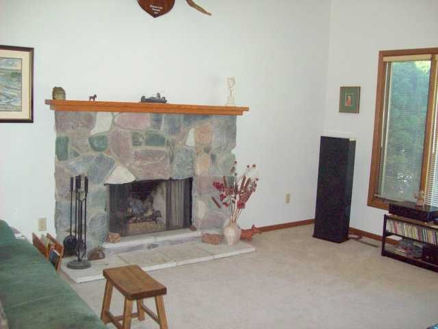 2370 Graystone Dr - Additional Photo - 5