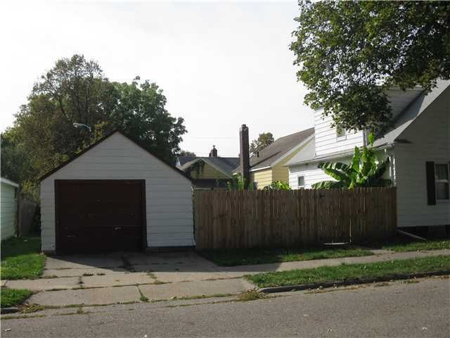 1350 Glenrose Ave - Additional Photo - 2