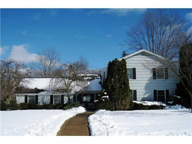 4756 Mohican Ln - Primary Photo - 1