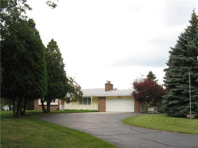 4555 Cornell Rd - Primary Photo - 1