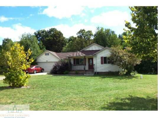 9053 Lakeside Dr - Primary Photo - 1