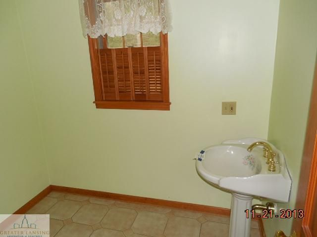 3747 Green Rd - Additional Photo - 10