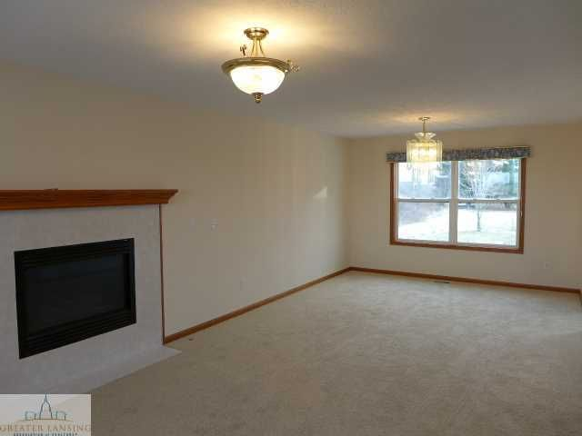 1375 W Parks Rd - Additional Photo - 2