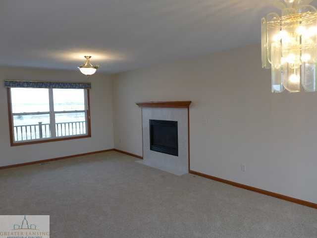 1375 W Parks Rd - Additional Photo - 3
