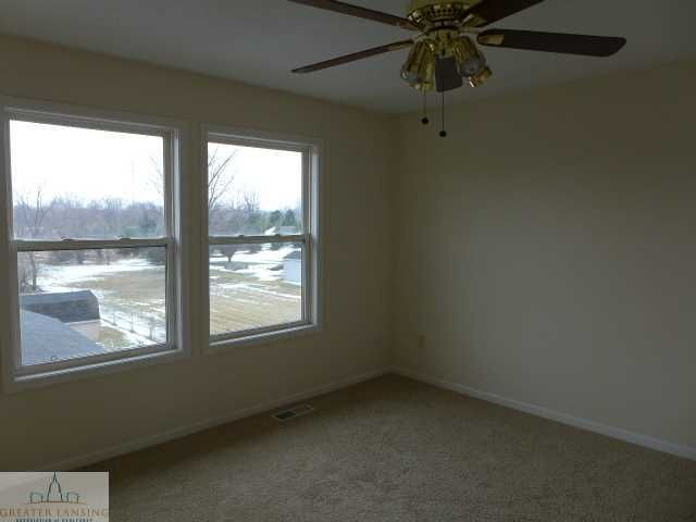 1375 W Parks Rd - Additional Photo - 7