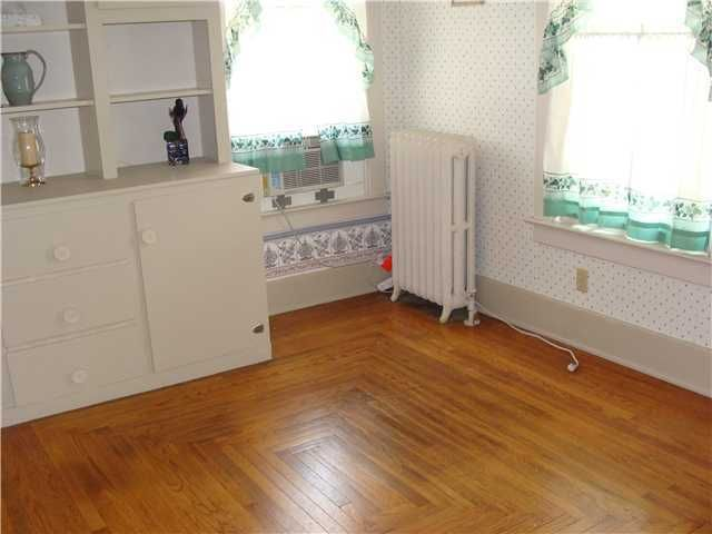 118 W Henry St - Additional Photo - 11