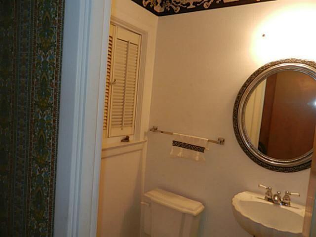 1611 Woodside Dr - Additional Photo - 4
