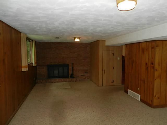 1611 Woodside Dr - Additional Photo - 18