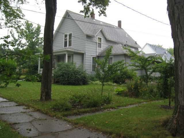 707 Seymour Ave - Primary Photo - 1