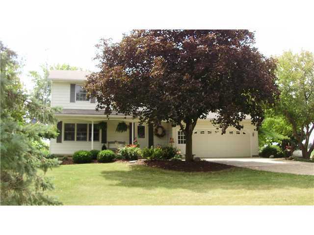 6465 W Maple Rapids Rd - Primary Photo - 1