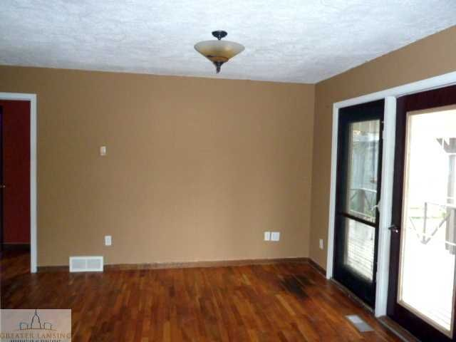 417 Forest St - Additional Photo - 6