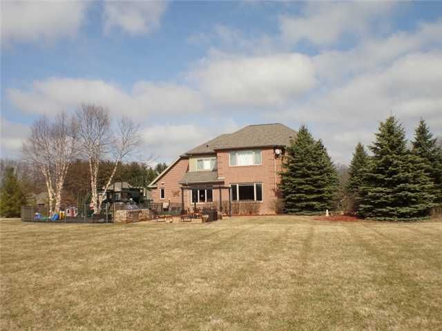 1360 Bridlewood Ln - Additional Photo - 3