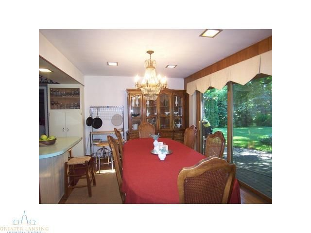 412 Meadowview Dr - Additional Photo - 4