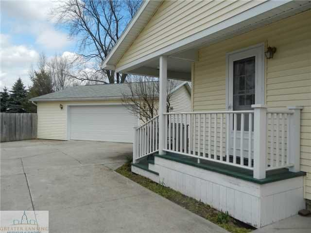 122 W Floral Ave - Additional Photo - 4