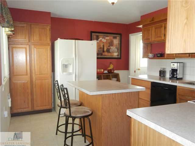 122 W Floral Ave - Additional Photo - 12