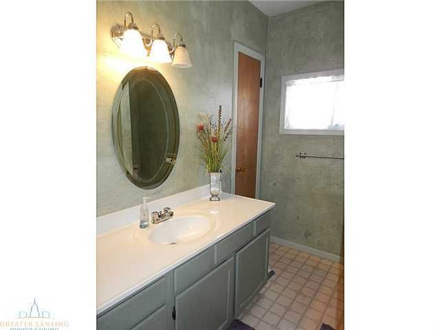 122 W Floral Ave - Additional Photo - 17
