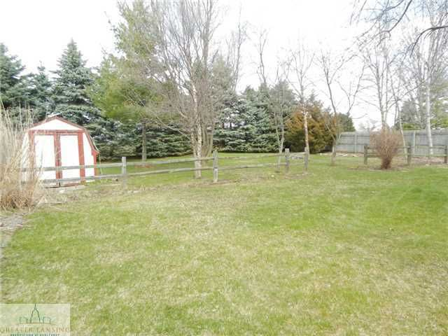 122 W Floral Ave - Additional Photo - 24