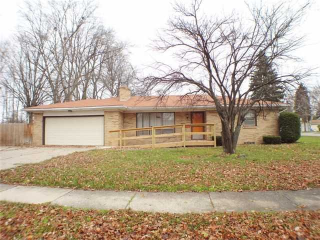 3100 Cooley Dr - Primary Photo - 1