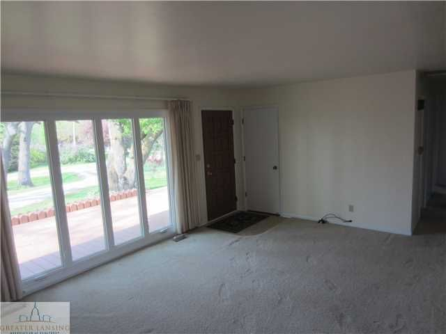 8498 E Bellevue Hwy - Additional Photo - 11