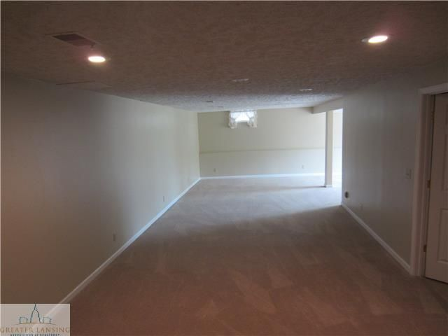 8498 E Bellevue Hwy - Additional Photo - 12