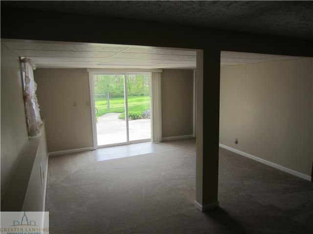 8498 E Bellevue Hwy - Additional Photo - 13