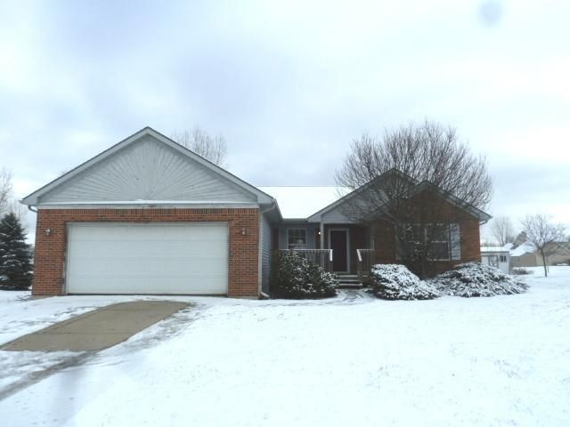 2470 Featherstone Dr - Primary Photo - 1