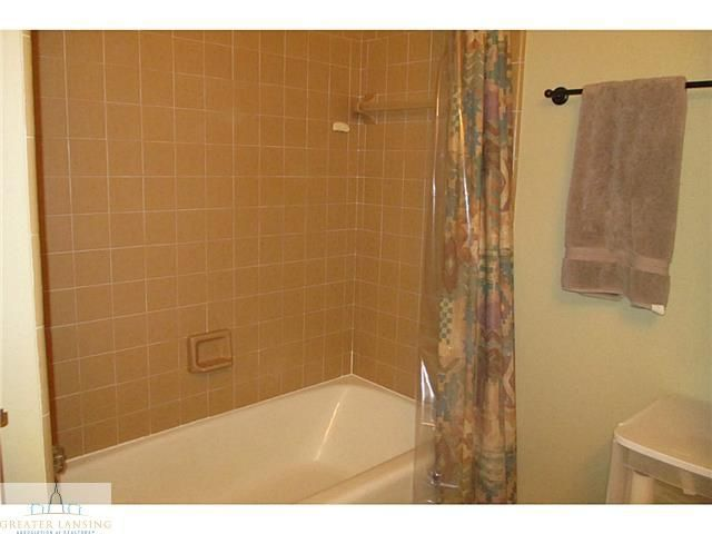 4211 Wanstead Dr - Additional Photo - 10
