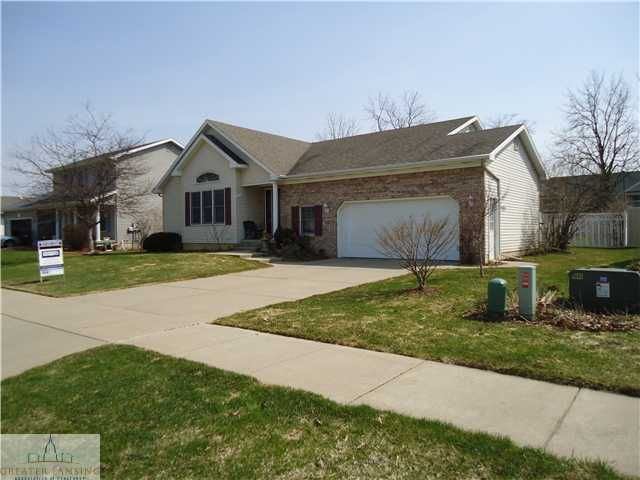 718 Fieldview Dr - Primary Photo - 1