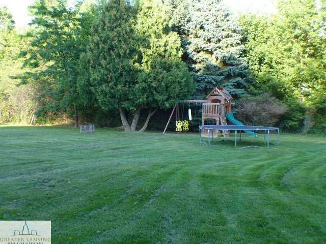 2728 W Grand River Rd - Additional Photo - 13