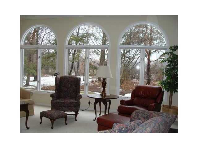 4330 Courtside Dr - Additional Photo - 8