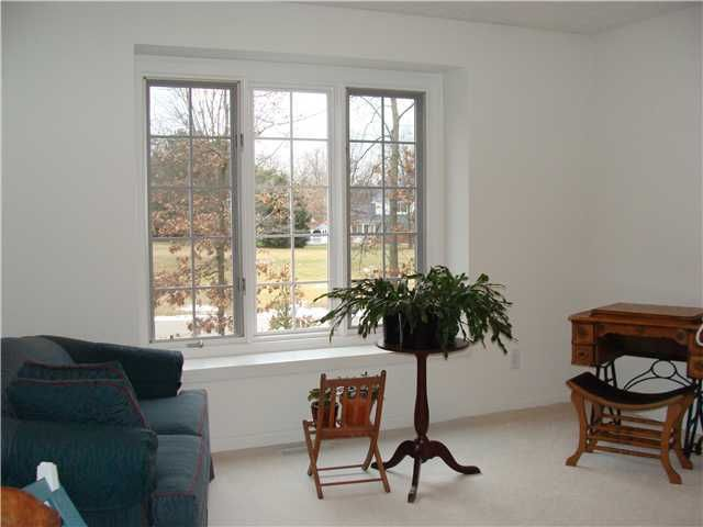 4330 Courtside Dr - Additional Photo - 21