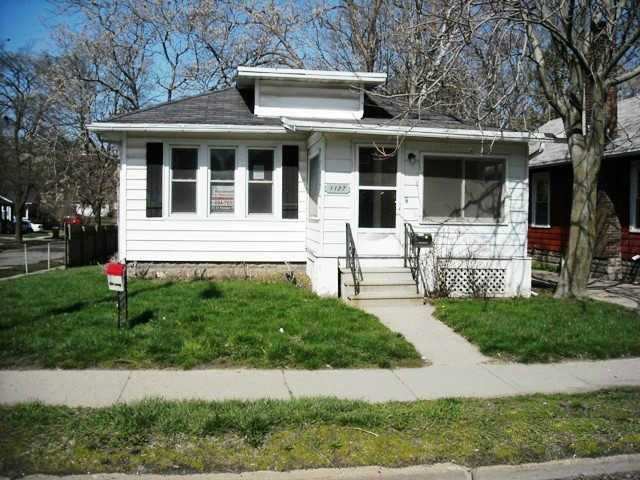 1127 N Martin Luther King Jr Blvd - Primary Photo - 1
