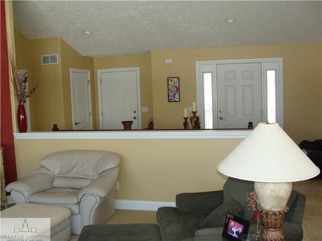 1069 Stonehill Dr - Additional Photo - 7