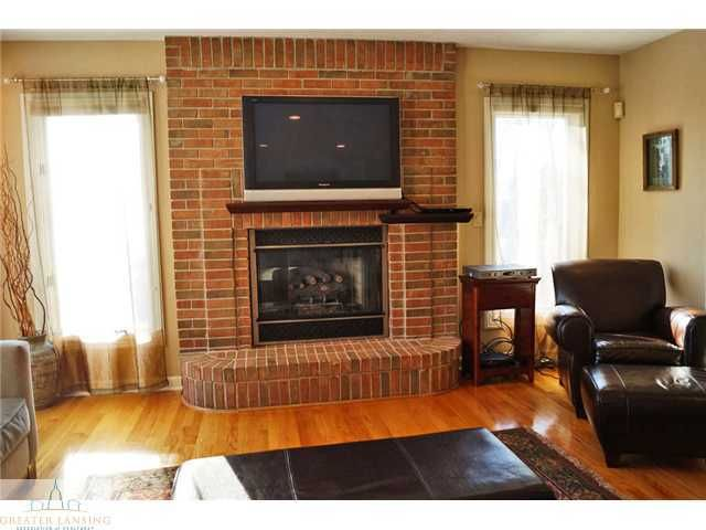 16913 Thorngate Rd - Additional Photo - 7