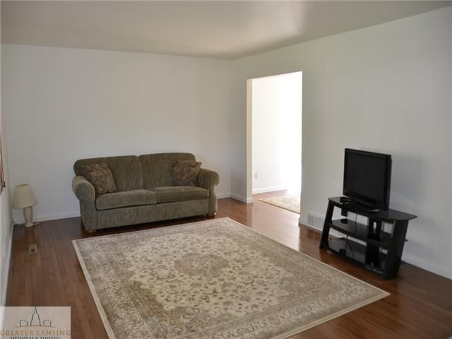 3217 Continental Dr - Additional Photo - 2