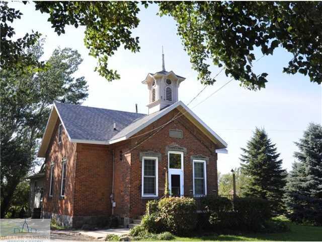 8975 N Hartel Rd - Primary Photo - 1