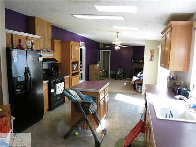 15801 Elmira St - Additional Photo - 6