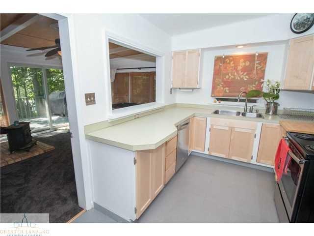 2251 Cumberland Rd - Kitchen - 9