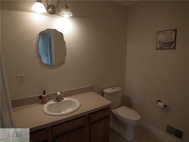 8477 Crofoot Rd - Additional Photo - 11