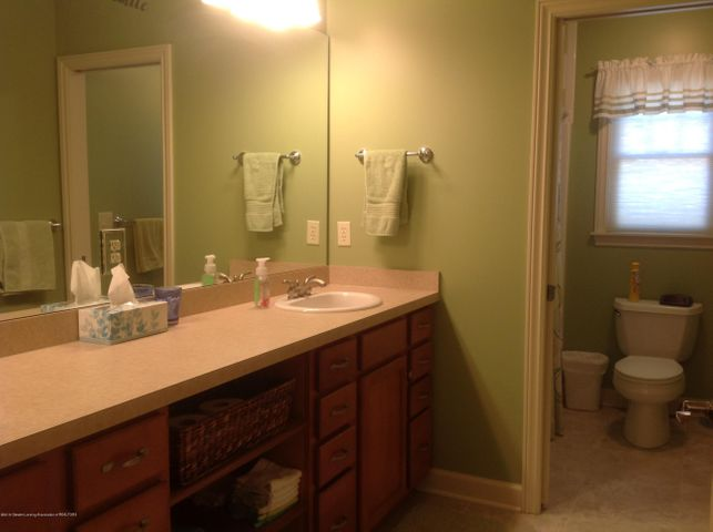 3282 Canopy Dr - Bath with Seprate Toilet & Tub/Shower - 9