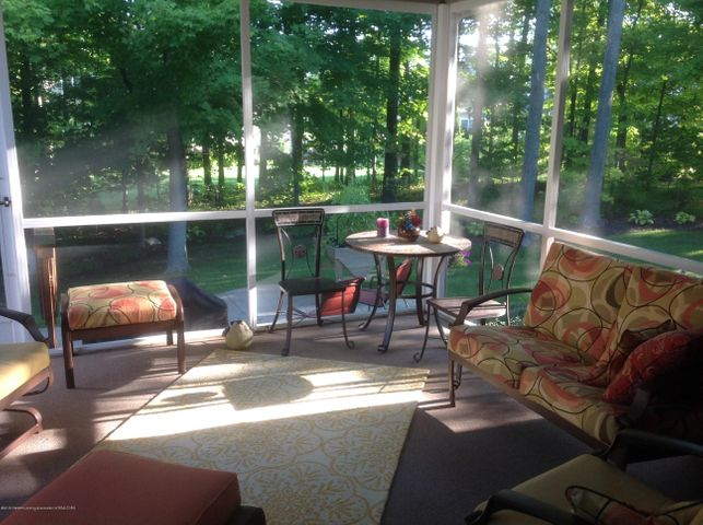 3282 Canopy Dr - Screened Porch Overlooking Wooded Yard - 14