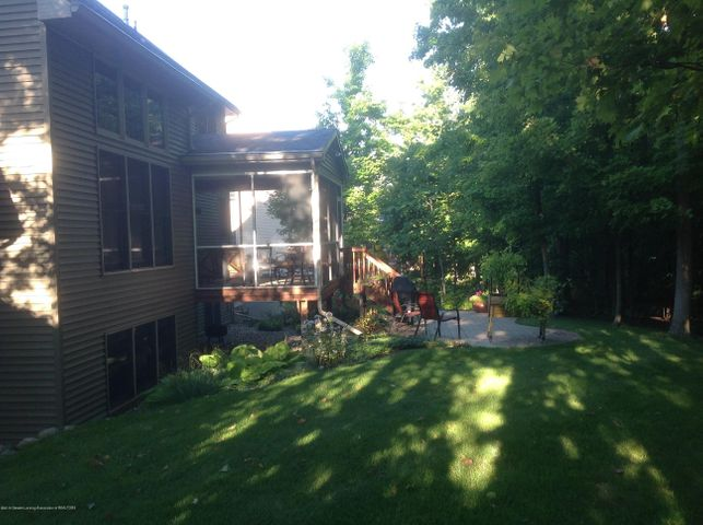 3282 Canopy Dr - Private Back Yard/Patio - 15