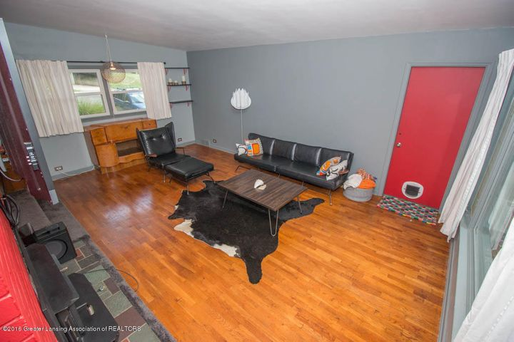 2251 Cumberland Rd - Living Room - 5