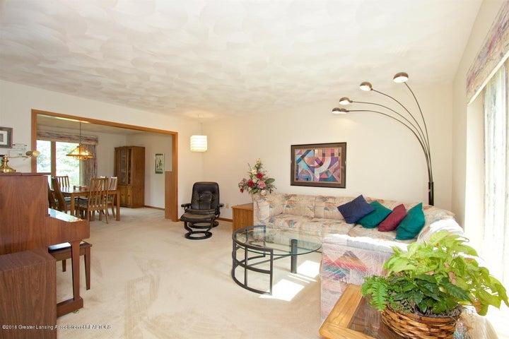 3881 Breckinridge Dr - Living Room - 3