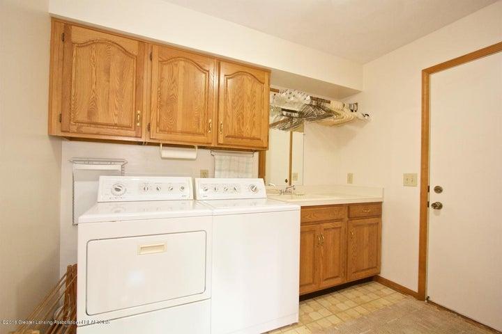 3881 Breckinridge Dr - Laundry Room - 20