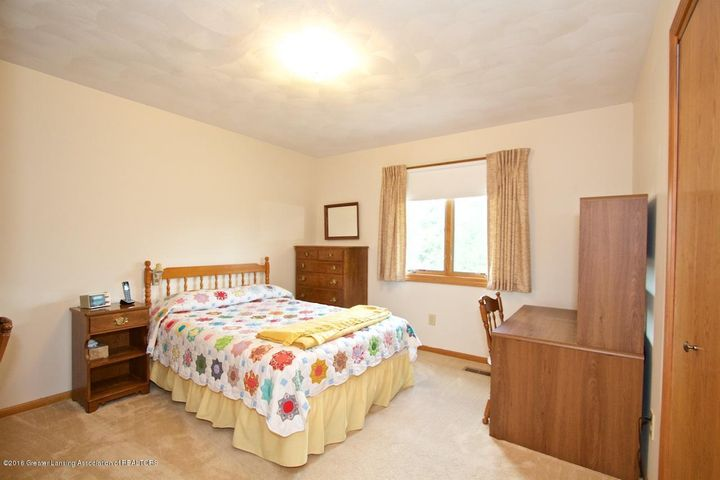 3881 Breckinridge Dr - Bedroom - 12