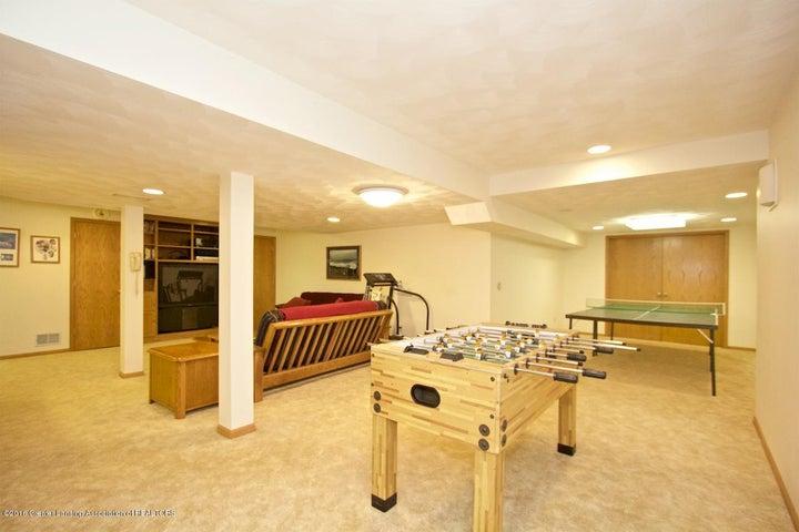 3881 Breckinridge Dr - Family Room - 18